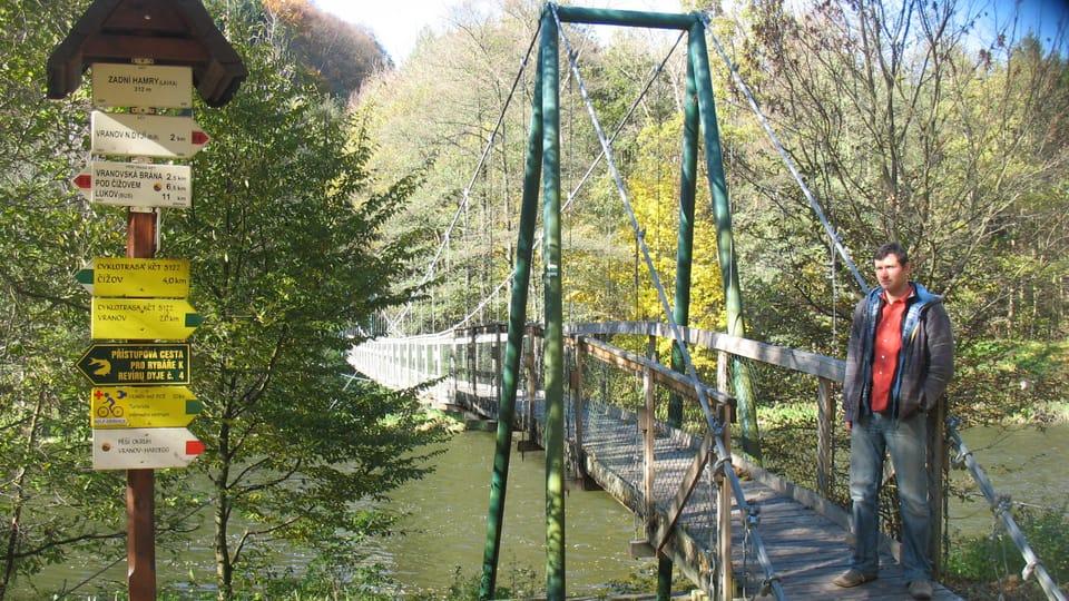 Laufbrücke über die Thaya in Zadní Hamry / Unterer Hammer