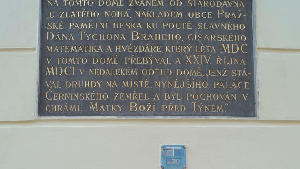 Gedenktafeln am Haus Zum goldenen Greif  (Foto: Archiv des Tschechischen Rundfunks - Radio Prague International)