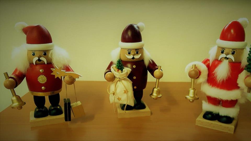 Weihnachtsmänner  (Foto: Maria Hammerich-Maier)