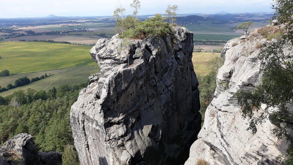 Příhrazské skály / Pschichraser Felsen - Aussichtspunkt bei der Felsenburg Drábské světničky  (Foto: Magdalena Kašubová)