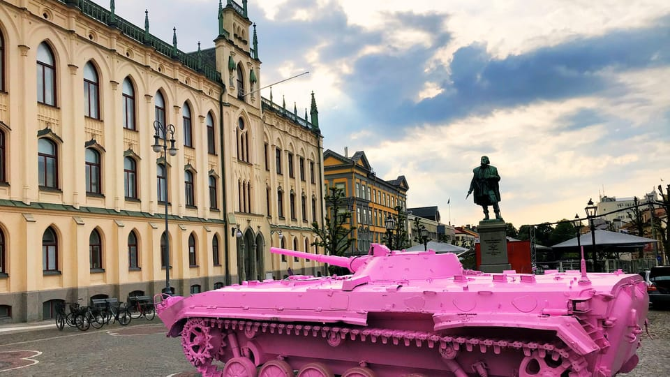 """Der """"Rosa Panzer"""" in Stockholm  (Foto: Archiv des Tschechischen Zentrums Stockholm)"""