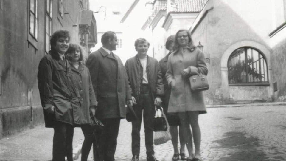 Mit dem Besuch aus Deutschland in Prag  (Foto: Familienarchiv František Schneiberg)
