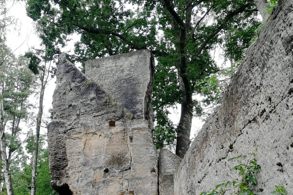 Romantische Ruine Jiljov  (Foto: Štěpánka Budková)