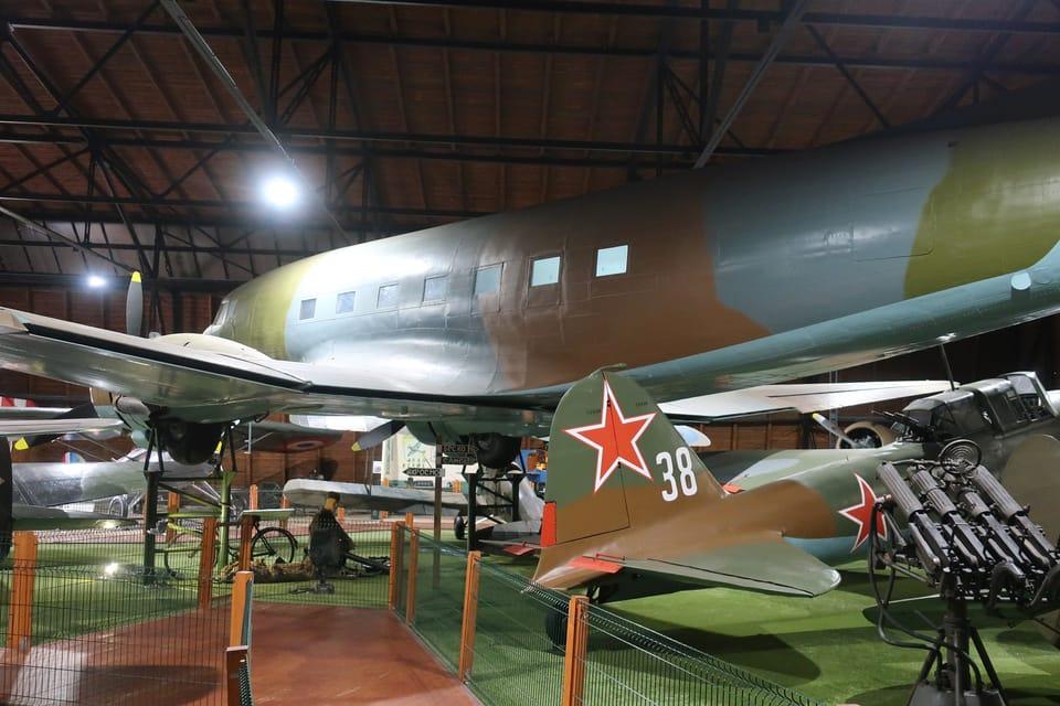 Lisunow Li-2F  (Foto: Štěpánka Budková)